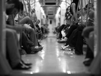 crowd train