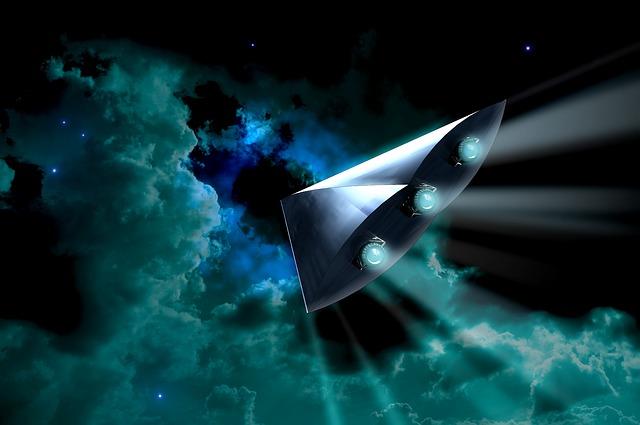 Interstellar travel spacecraft